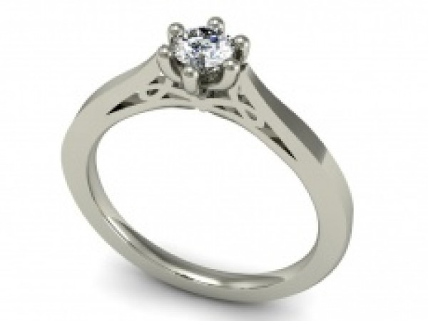 Arany eljegyzési gyűrű gyémánttal