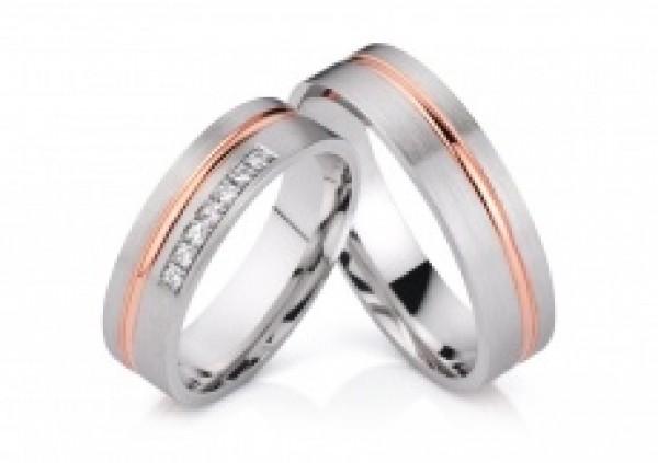 Karikagyűrű pár aranyból
