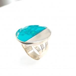 Ezüst gyűrű türkizkék kővel
